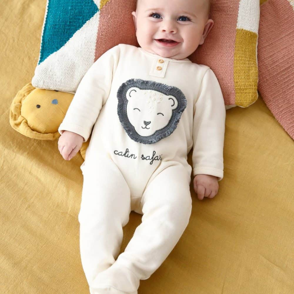 Fleece Sleepsuit for Newborn Babies, Lion Motif in Relief white medium solid